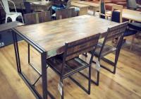 ブルックリンスタイルのテーブル